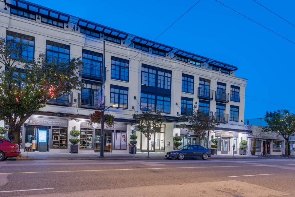 101-4355 W 10th Ave, Vancouver