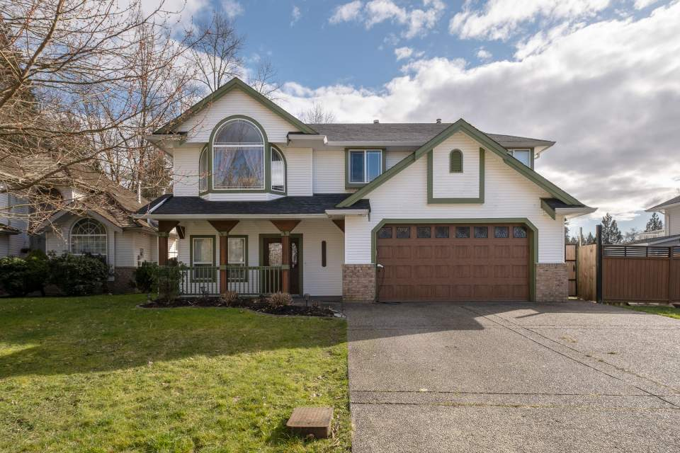 24960 119 Avenue Maple Ridge